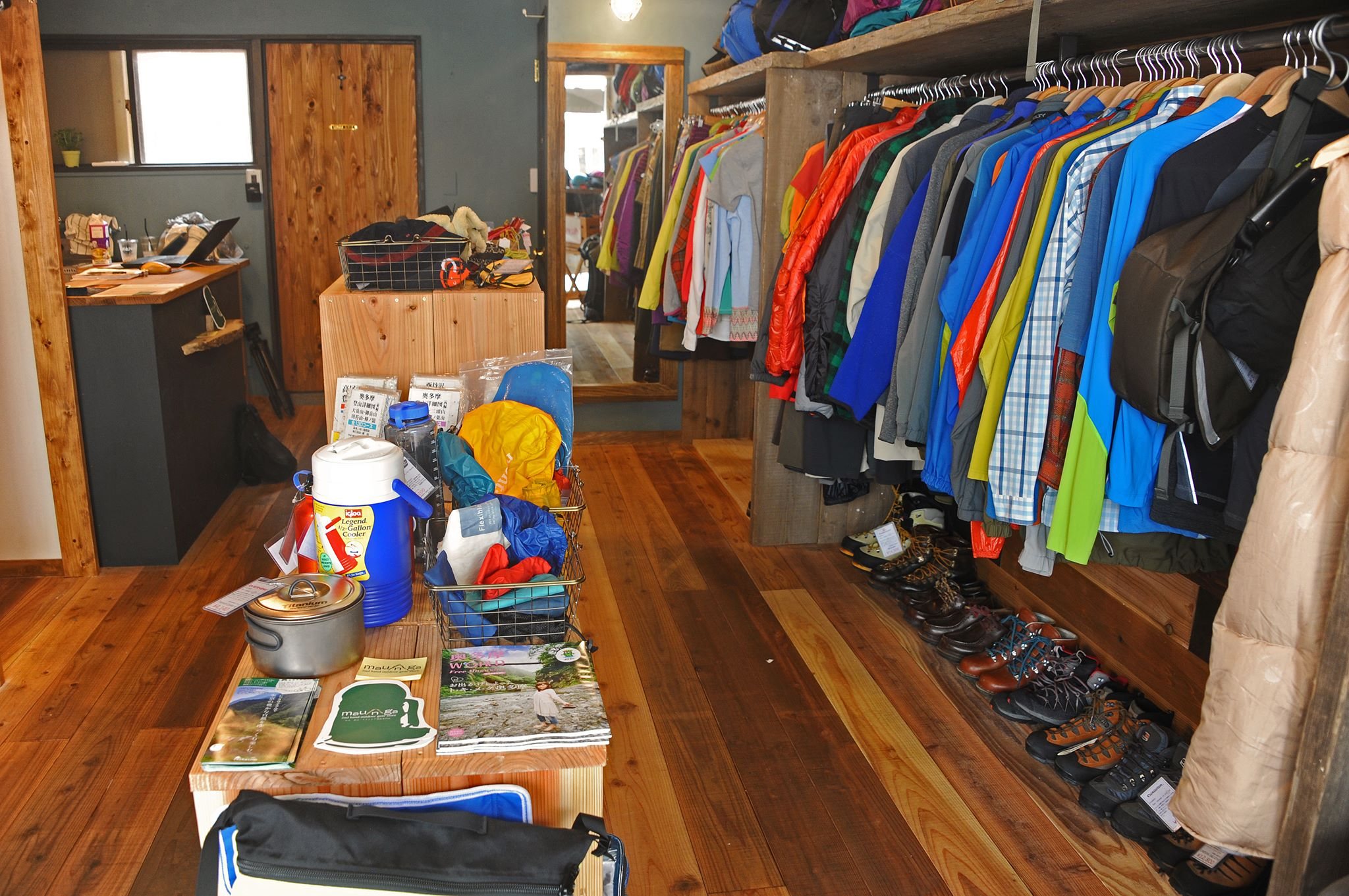 2nd hand outdoor gear store maunga 吉祥寺店